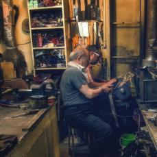 Messerschleifer auf dem Bazar